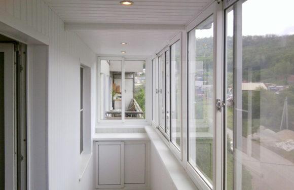 Остекление балкона под ключ: виды и типичные ошибки